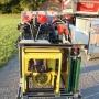 Scheinwerfer, Kettensäge, Stativ, Stromerzeuger
