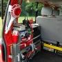 Handfunkgerät, Erste-Hilfe-Ausrüstung, Werkzeug, Absicherungsmaterial