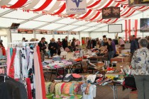 Flohmarkt im Festzelt