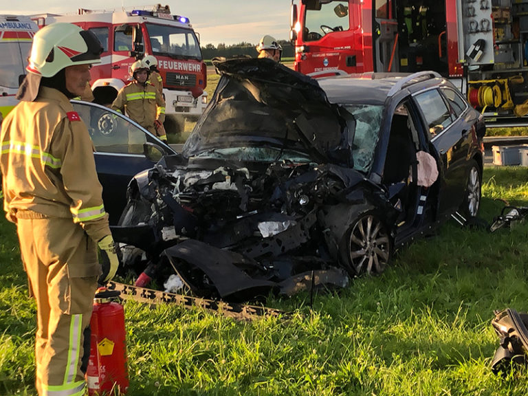 Schwerer Verkehrsunfall St. Georgener Landesstraße